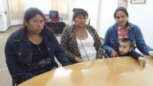 De izquierda a derecha: Griselda Lajnocoyi, Miriam Segundo y Soledad Ocampo. Via Diario Norte