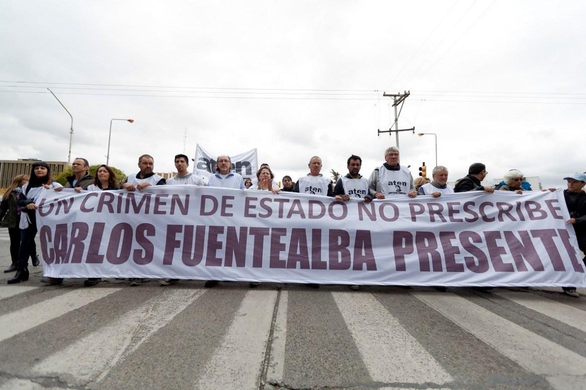 Marcha a nueve años de la muerte de Carlos Fuentealba - Juan Th